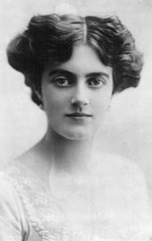 Young woman in 1915