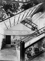 Photo of the Auditorium Hotel grand stairs