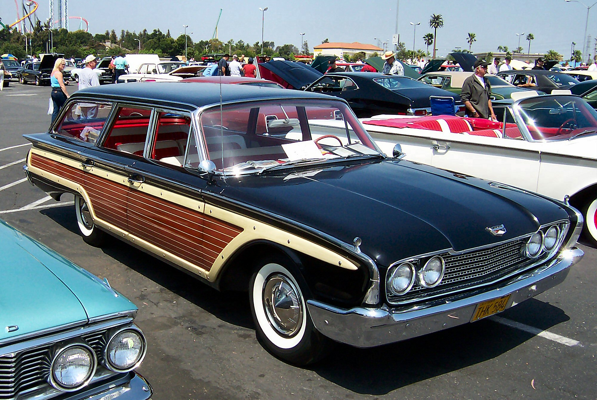 Ford Country Squire 1970 Ltd Crown Victoria