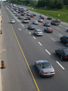 Highway 404 southbound