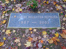 """A gravestone with the words: """"Katharine Houghton Hepburn 1907– 2003"""""""