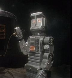 A close-up of the Marvin costume from the 1981 TV series, from Episode Five.