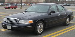 1998–2002 Ford Crown Victoria LX
