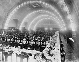 Photo of the Auditorium Hotel dining hall