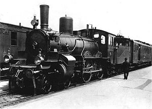 Prussian S3 photographed in 1895 at Berlin-Charlottenburg