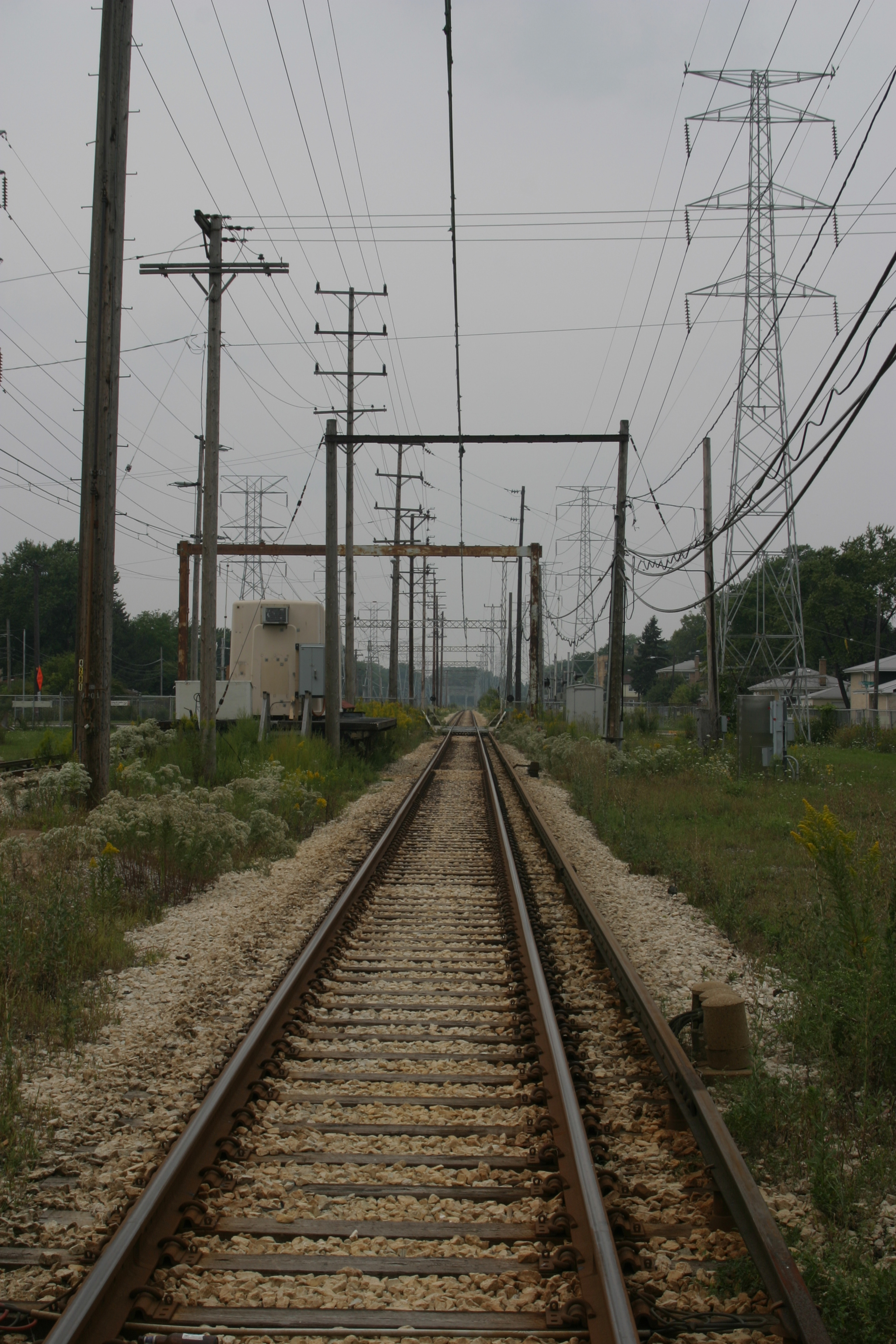 Electric Power Rail : Overhead lines