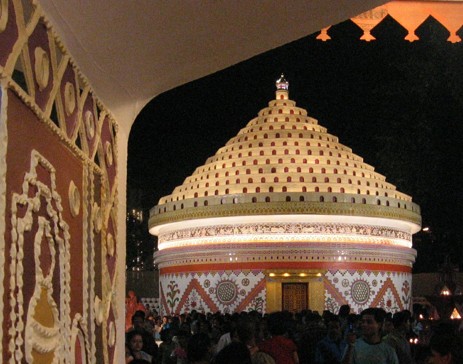 Durga puja 2007 durga puja pandal by suruchi sangha in new alipore kolkata adopting the gurjari handicraft style of western gujarat this pandal which has consistently thecheapjerseys Image collections