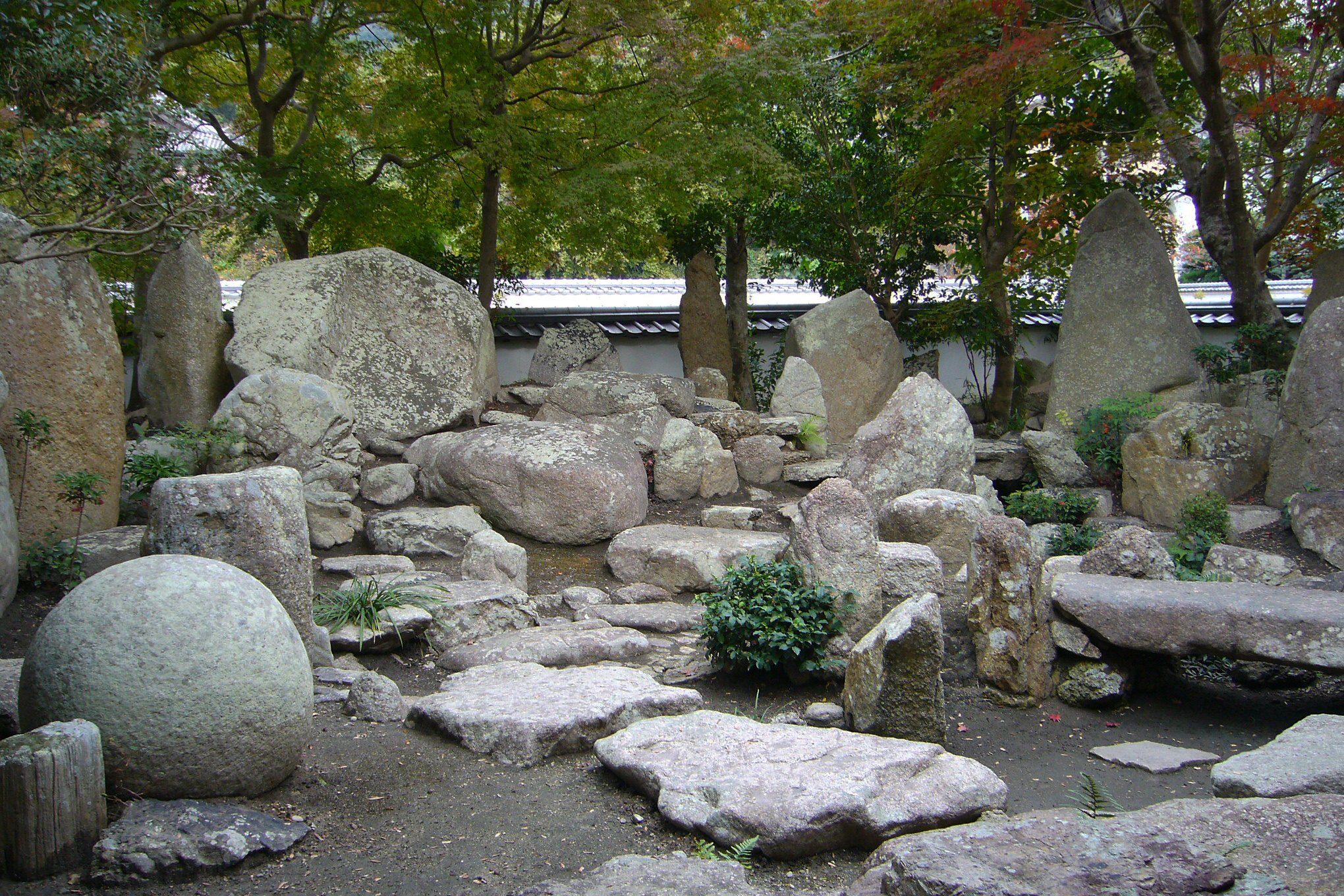 A Small Garden In The Japanese ...