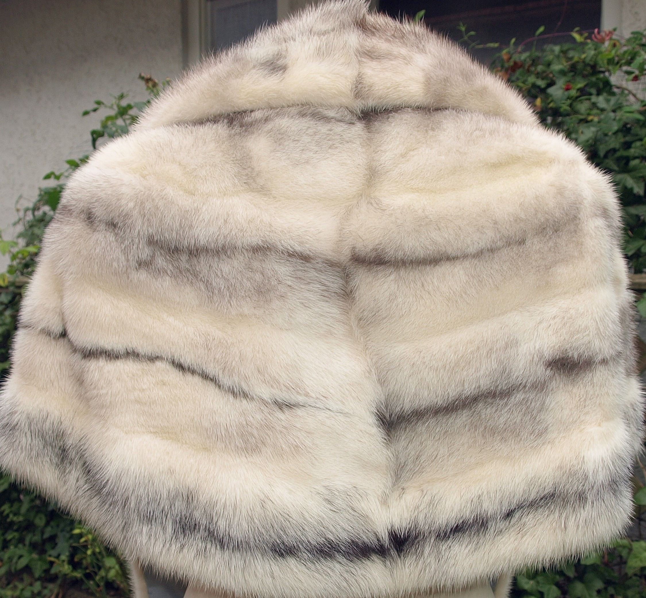 The fur called blufrost: what is it, how is it selected