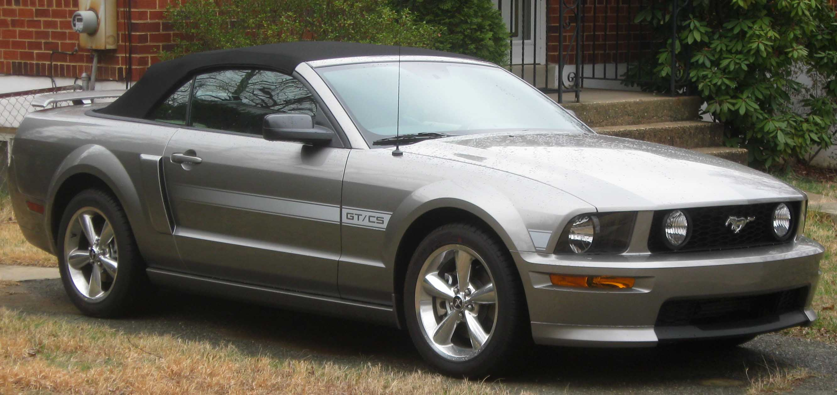 Fifth generation (2005–present). Main article: Ford Mustang (fifth  generation). 2007–2009 Ford Mustang GT/CS convertible