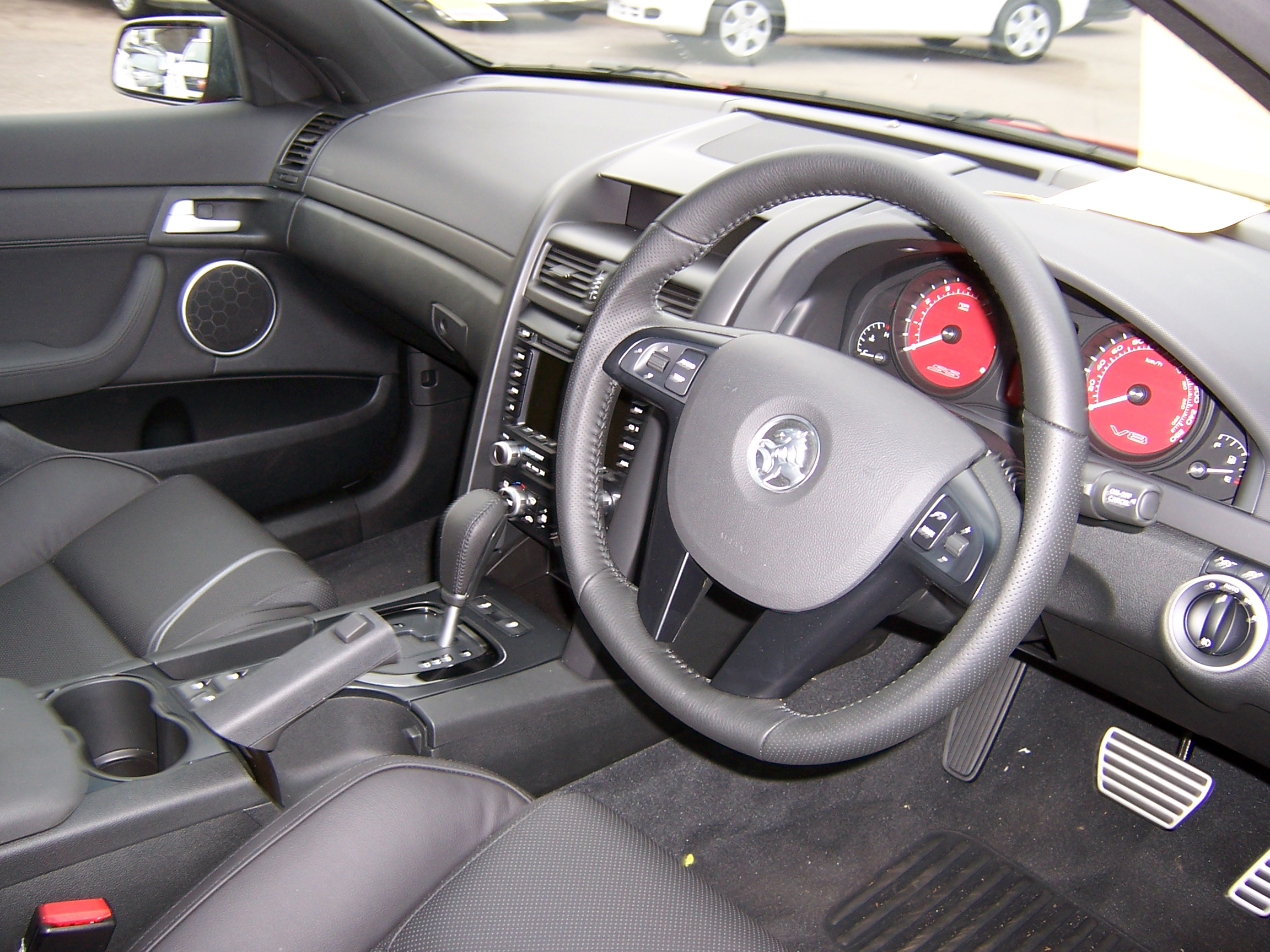Holden ve commodore holden ve commodore ss v series interior 01g pooptronica