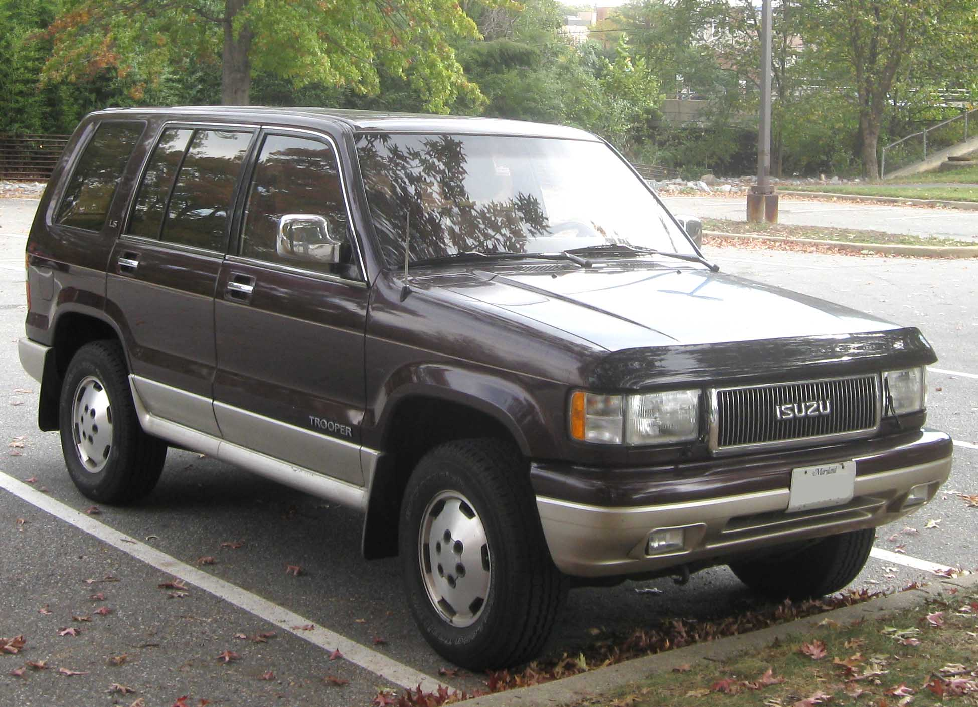 Isuzu Trooper LS (US)