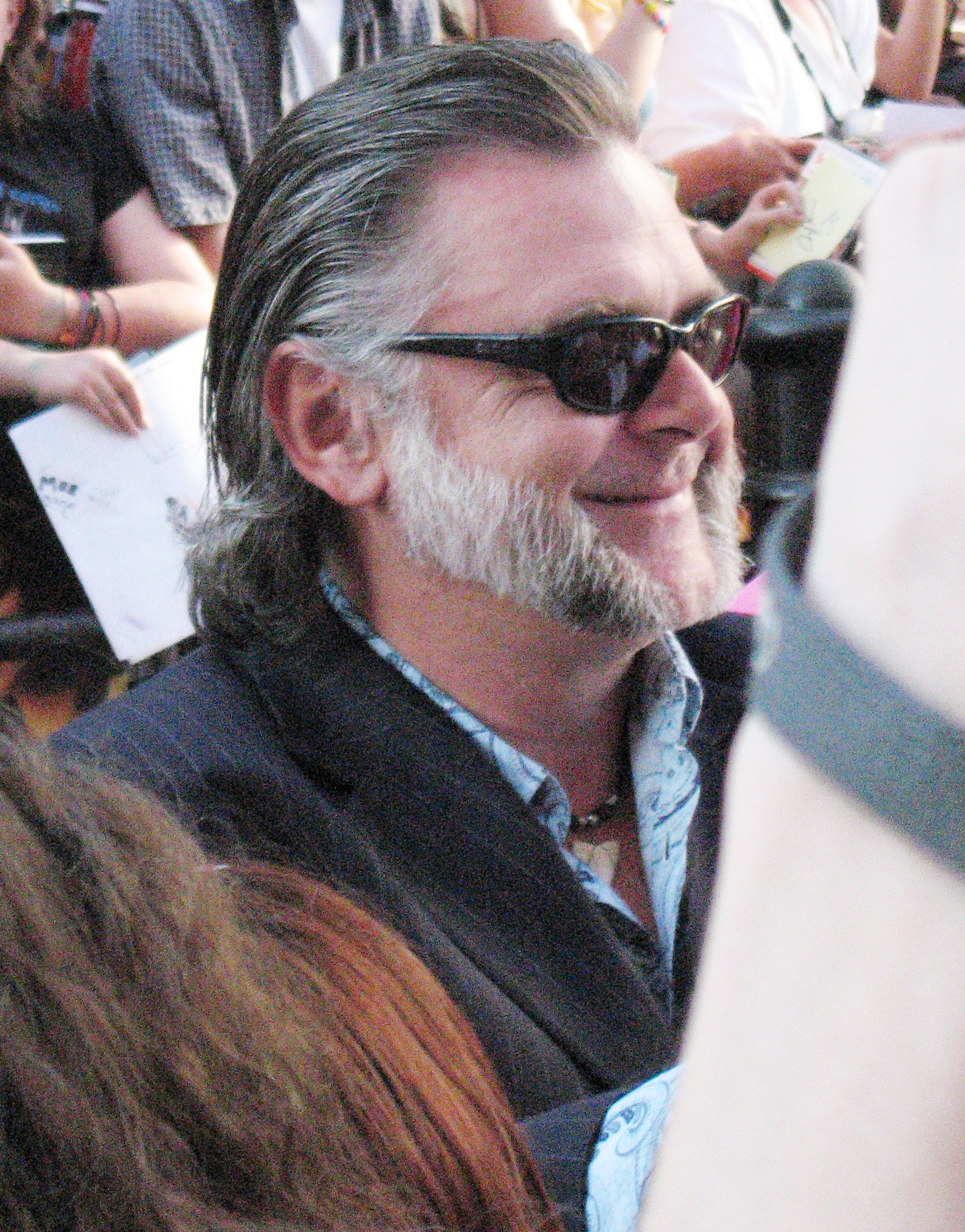 Kevin McNally (born 1956)