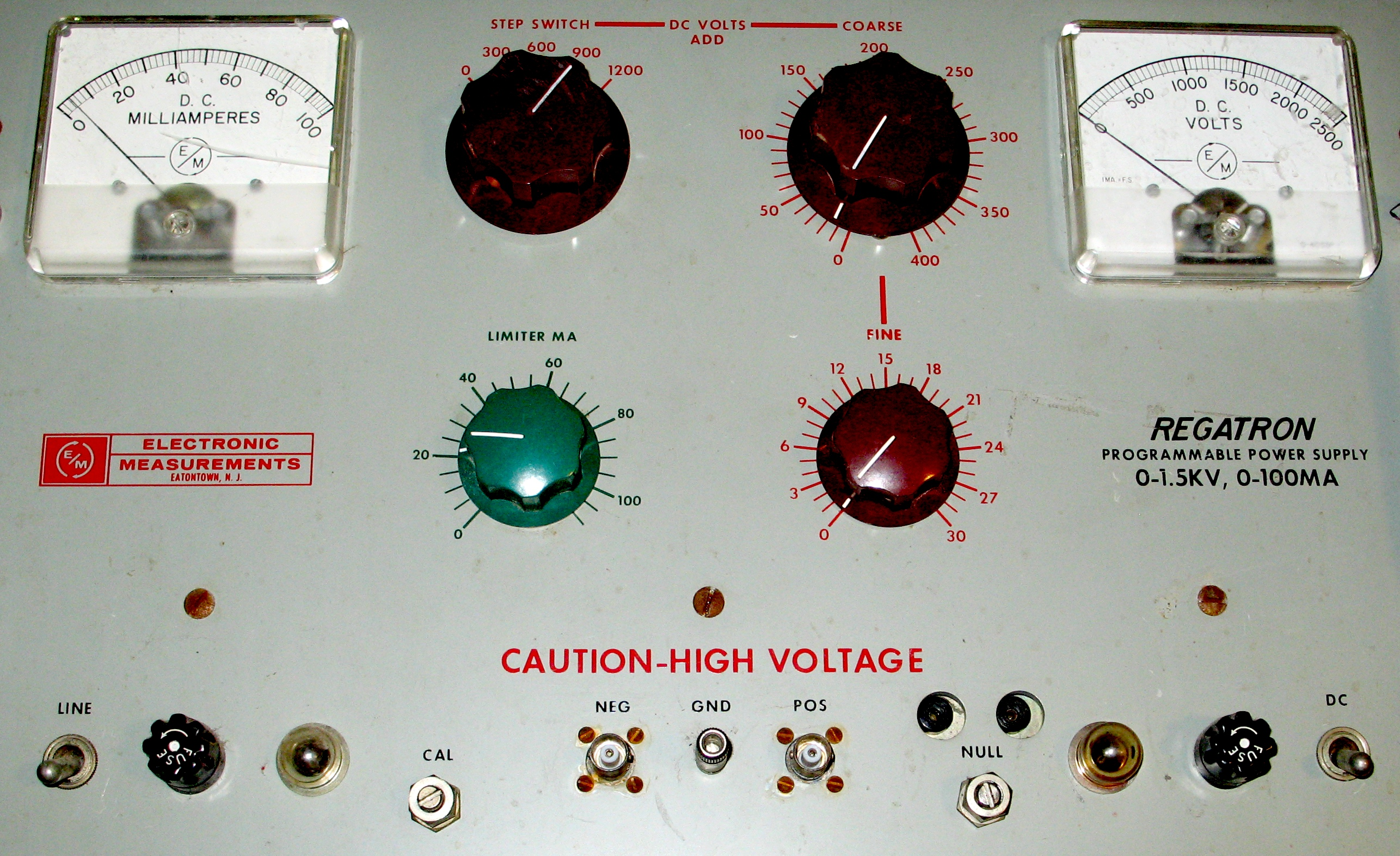 Power Supply Picture Of Variable Voltage Regulator Filtered Linear