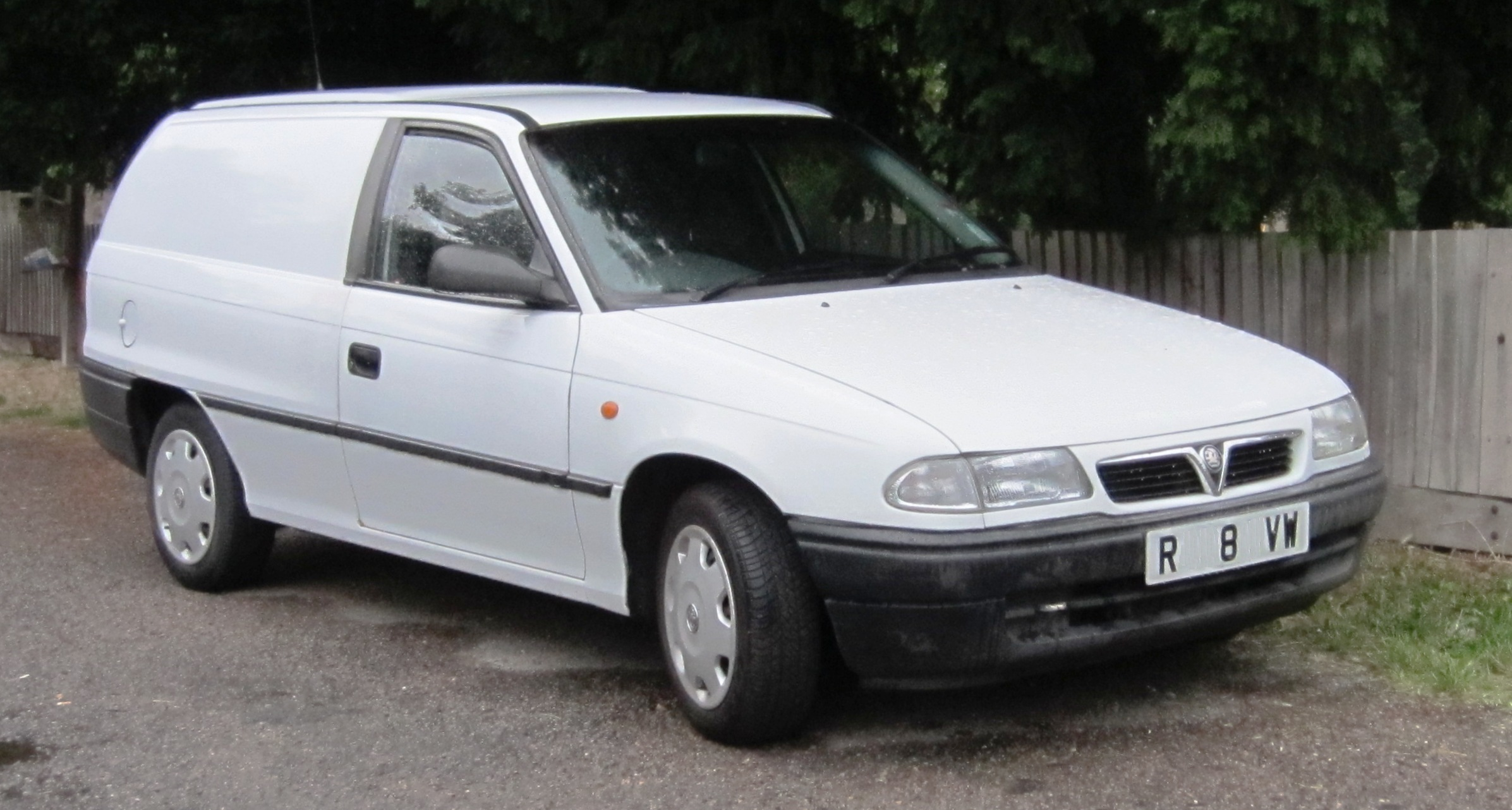 The original Astravan, based on the Kadett E, had been branded for the UK  as a Bedford, but the panel van derivative of the Astra F came to Britain  with ...